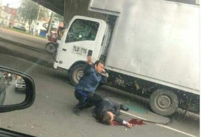 Sangriento intento de suicidio en puente de la Calle 80 con Avenida Cali