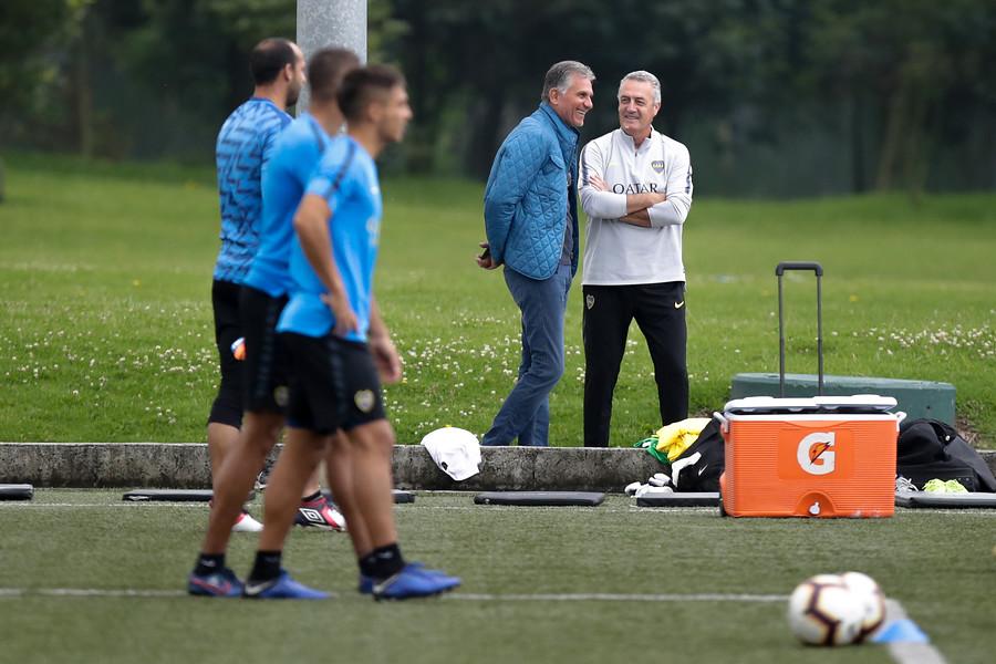 El entrenamiento de Boca en Bogotá con la presencia de Carlos Queiroz