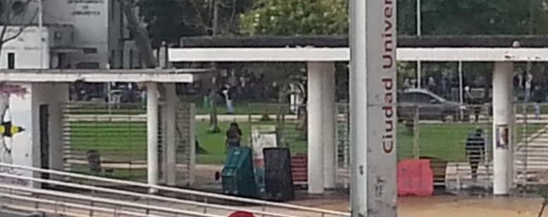 Cierran estaciones de Trnasmilenio por disturbios en la Universidad Nacional
