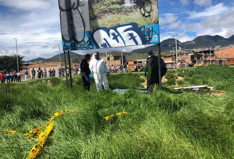 Hallan cuerpo sin vida de hombre en bolsas para la basura cerca a La Picota