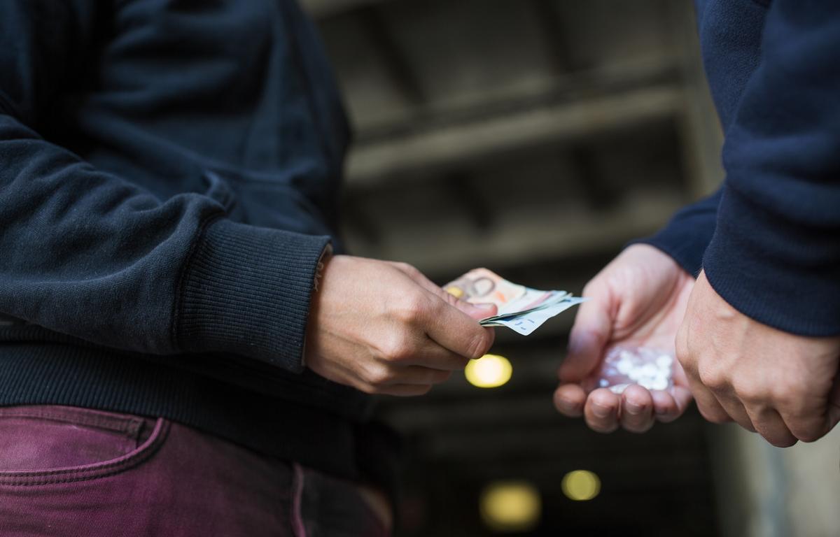 Capturan a cuatro jíbaros que vendían droga a lo loco en el barrio Venencia de Bogotá
