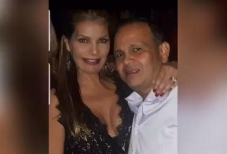 Exreina María Mónica Urbina rinde conmovedor homenaje a su esposo asesinado