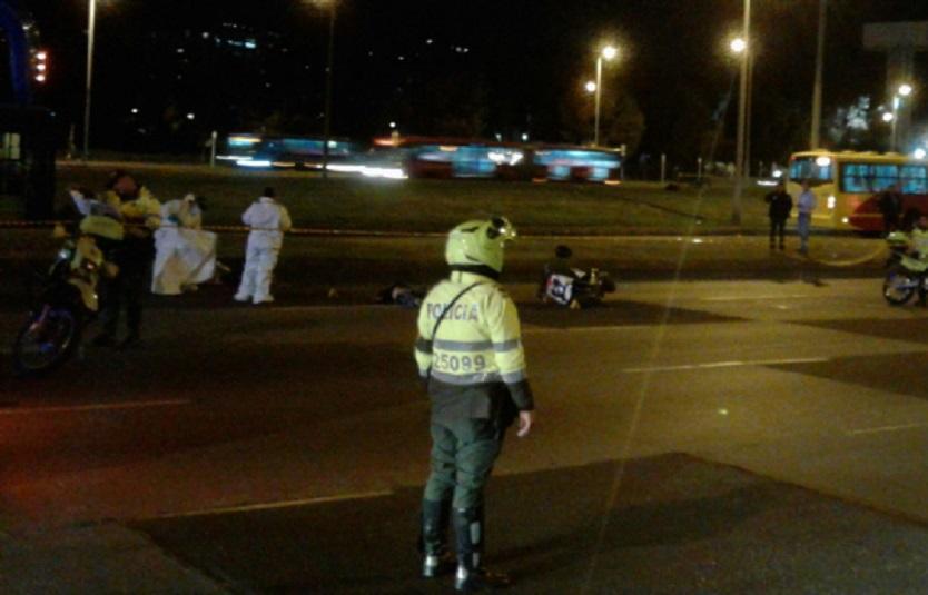 Motociclista falleció al ser atropellado por tractomula en la Autopista Norte de Bogotá