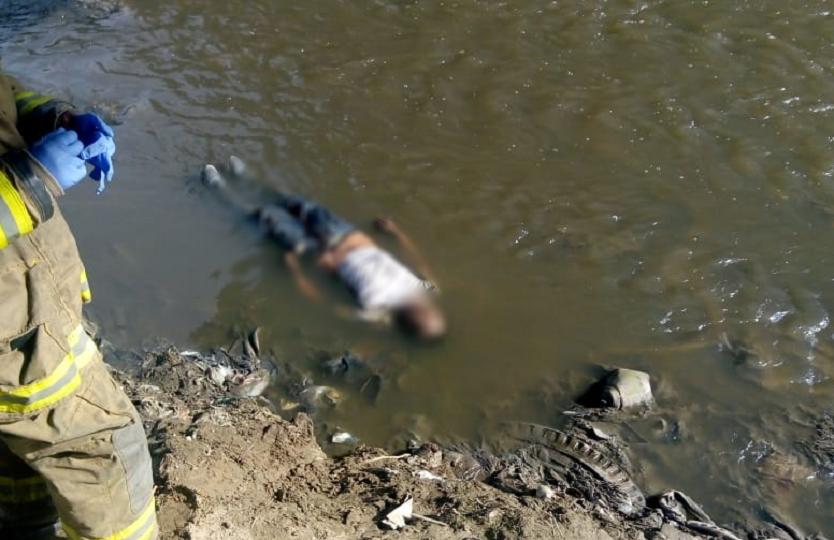 Hallan sin vida a hombre en medio de las aguas del río Tunjuelito en el sur de Bogotá