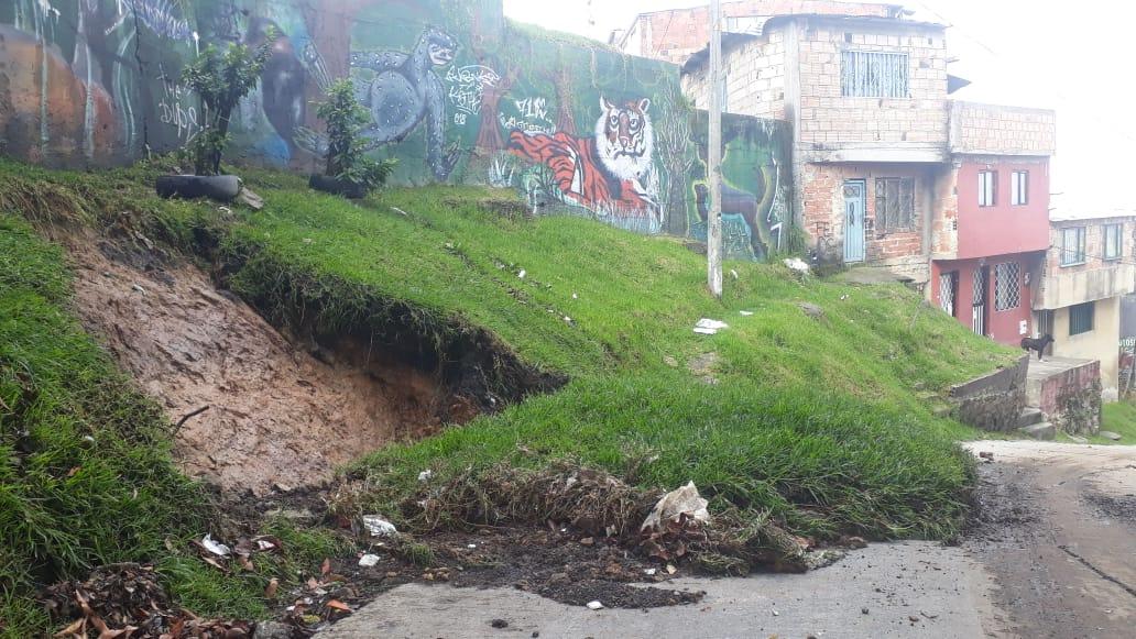 Lluvias ocasionaron deslizamiento de tierra en el sur de Bogotá
