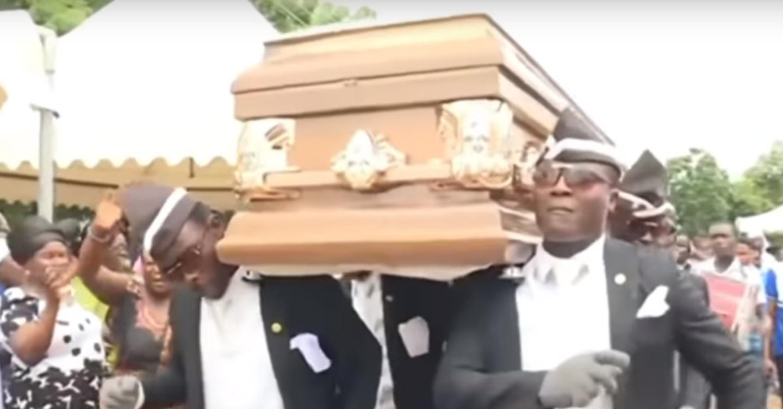 Los africanos que bailan en funeral: la historia del meme más famoso de la cuarentena