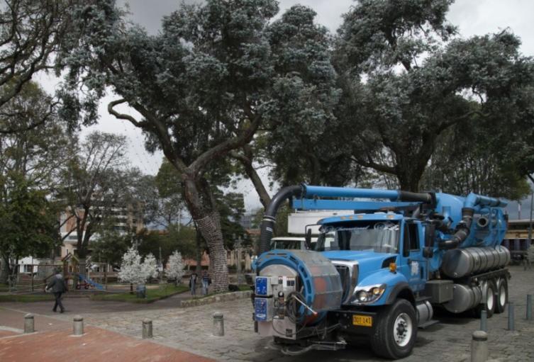 Camión del Acueducto de Bogotá