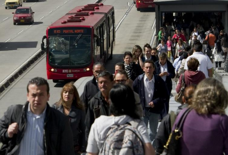 Transmilenio, sistema de transporte masivo de Bogotá.
