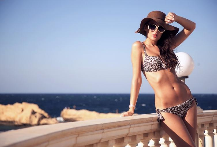 Bikini imagen de referencia
