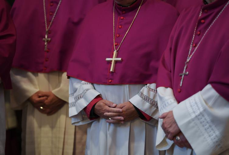 Sacerdotes católicos - Iglesia Católica