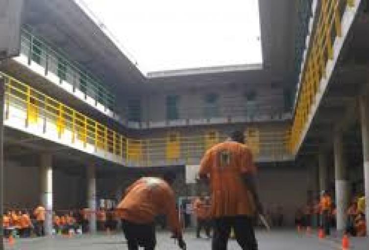 Protestas de reclusos de la cárcel distrital de Bogotá