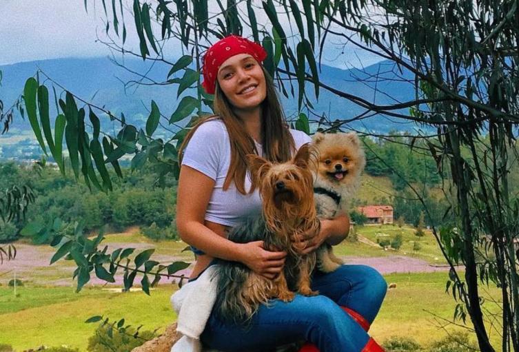 Lina Tejeiro y sus mascotas