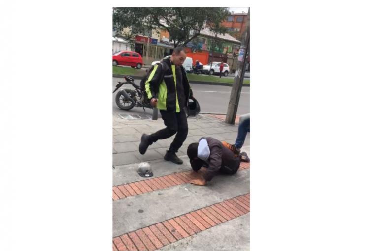 Ladrón es golpeado por los ciudadanos