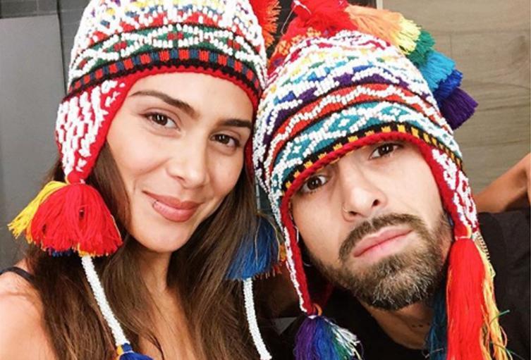 Los cantantes reportaron a través de redes sociales que ya se encuentran en Colombia.