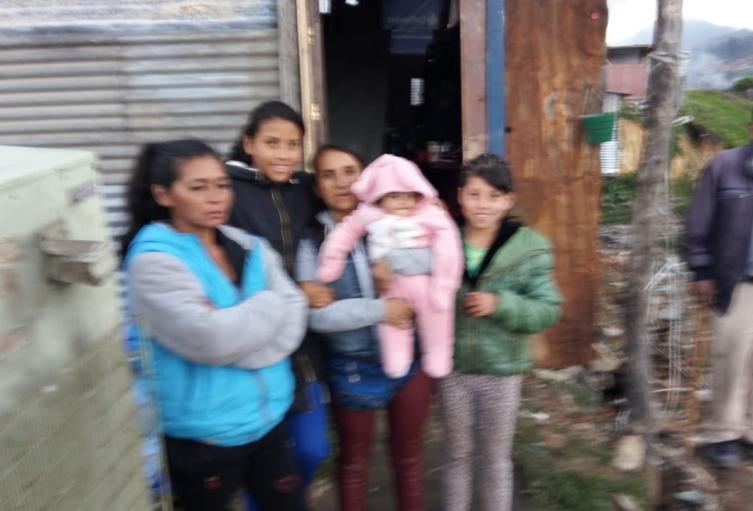 No reciben ayudas humanitarias damnificados