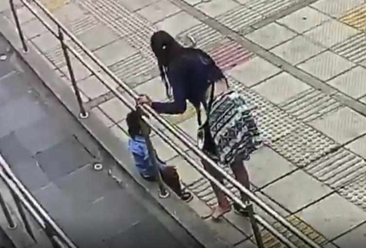 Golpiza a niño en Fontibón
