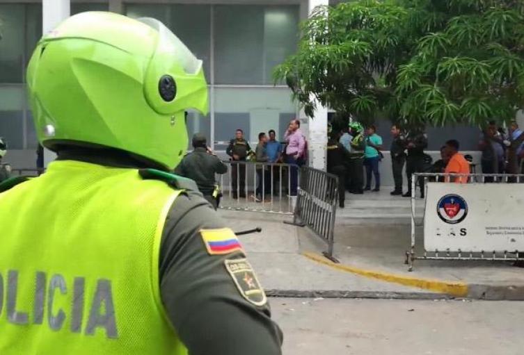 Reclusos se rebelan en la URI de la Fiscalía de Barranquilla