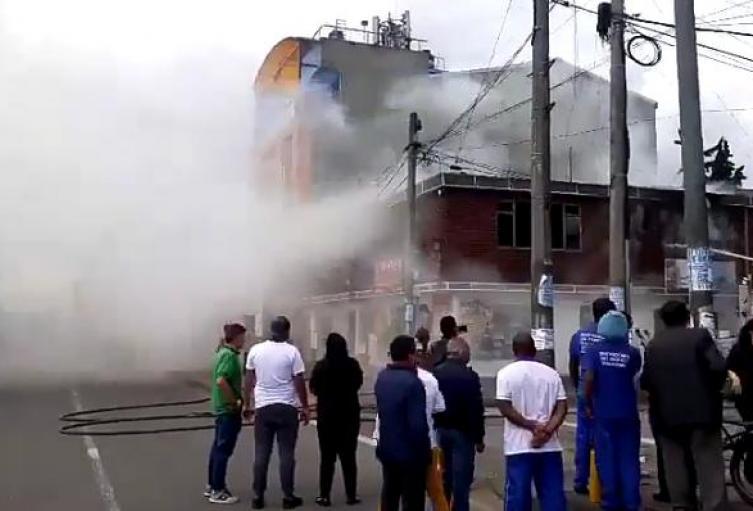 Incendio en la localidad de Fontibón