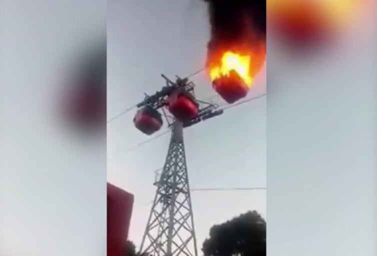 Cabina de cable incendiada en Palestina