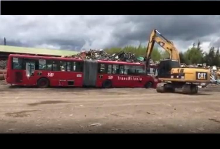 Chatarrización de buses de Transmilenio