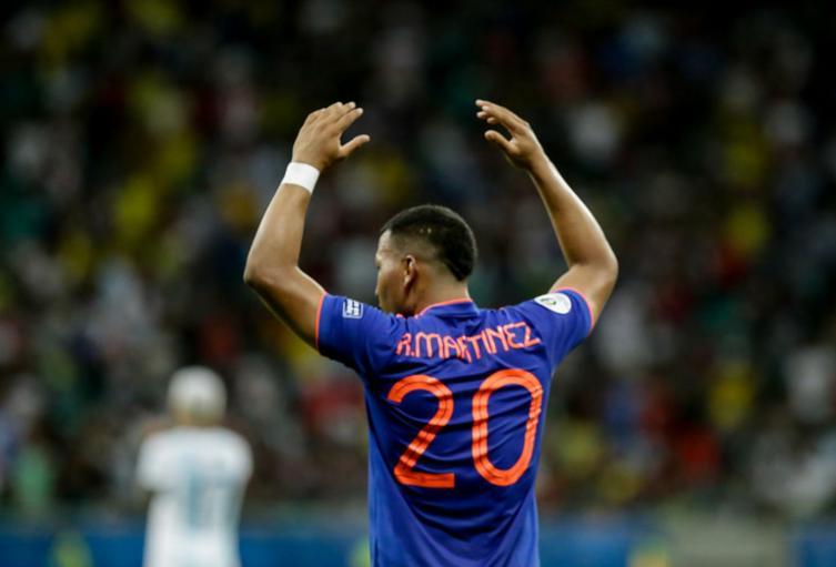 Roger Martínez, con la Selección Colombia, anoto un gol definitivo ante Argentina.