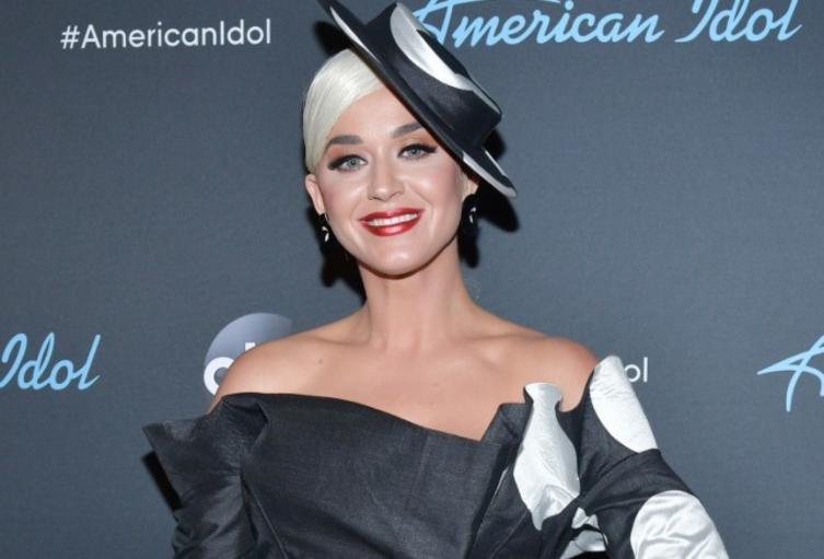 Katy Perry y su controversial método antiedad