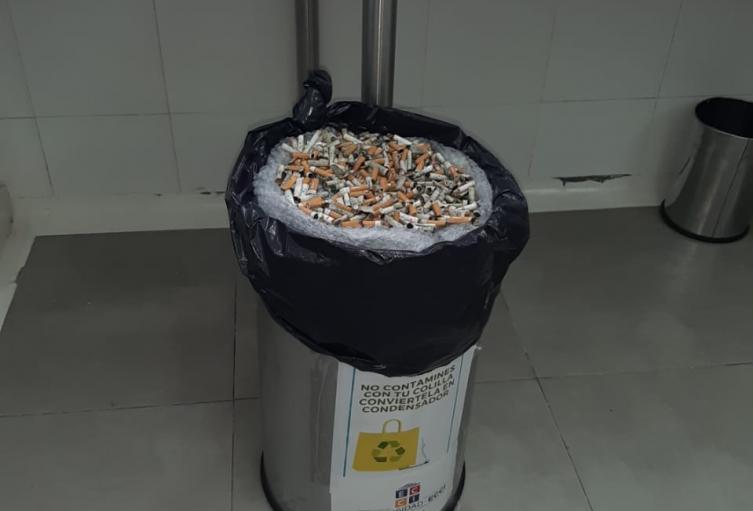 Proceso para reutilizar colillas de cigarrillo.