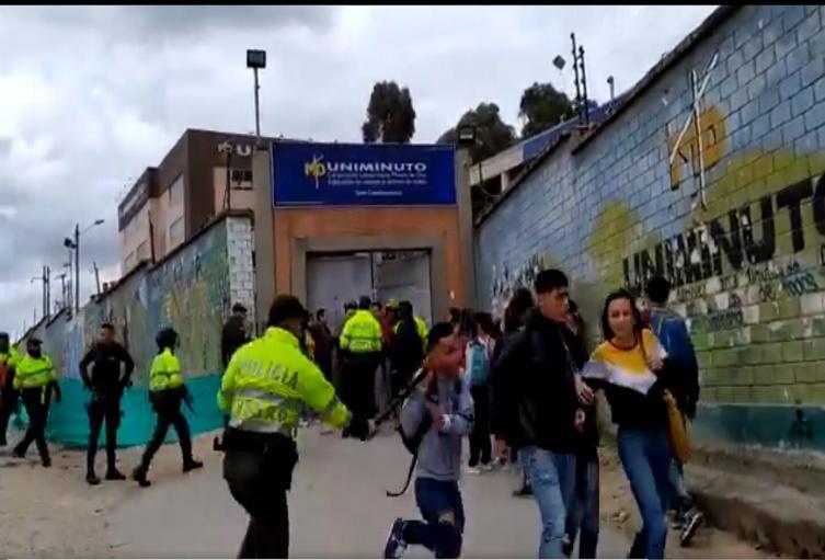 Fuertes disturbios en Soacha con las autoridades