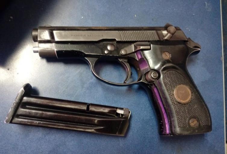 Arma decomisada por la Polic{ia nacional