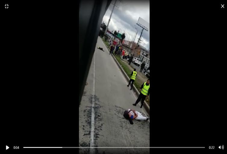 Muerte de un policía al tratar de atrapar a un colado