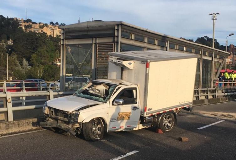 Accidente de tránsito en Avenida Suba
