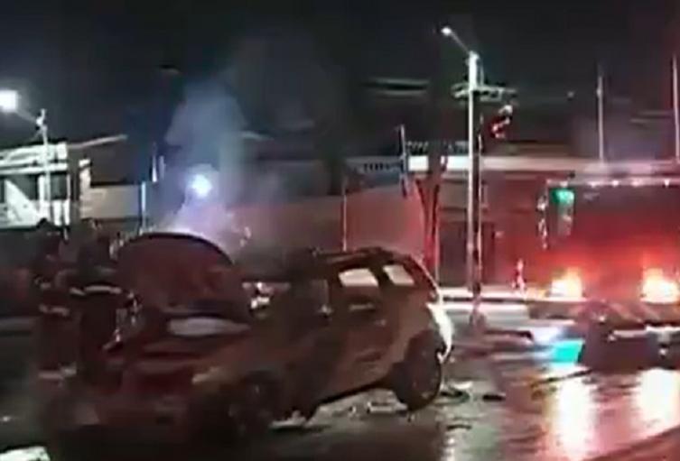Camioneta se incendió en Fontibón