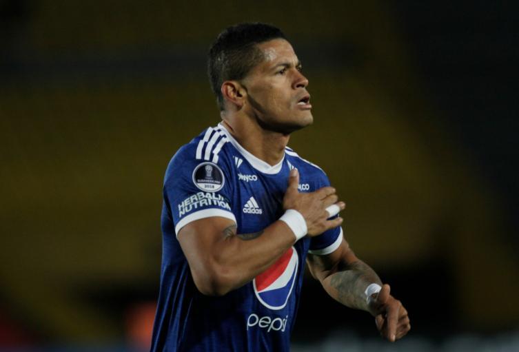 Ayron Del Valle vuelve a Millonarios