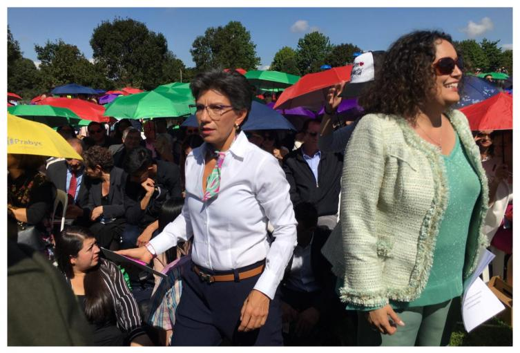 Posesión Claudia López