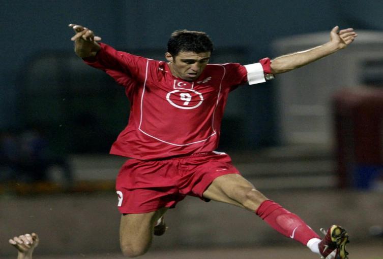 Hakan Sukur, exfutbolista turco