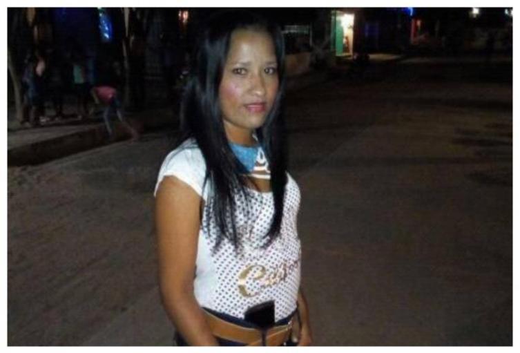 La mujer fue quemada viva por su pareja.