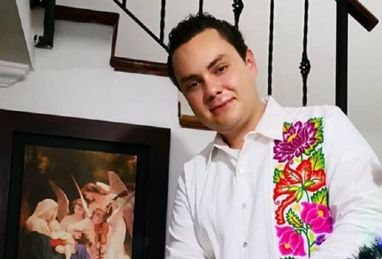 Manuel José, imitador colombiano de José José