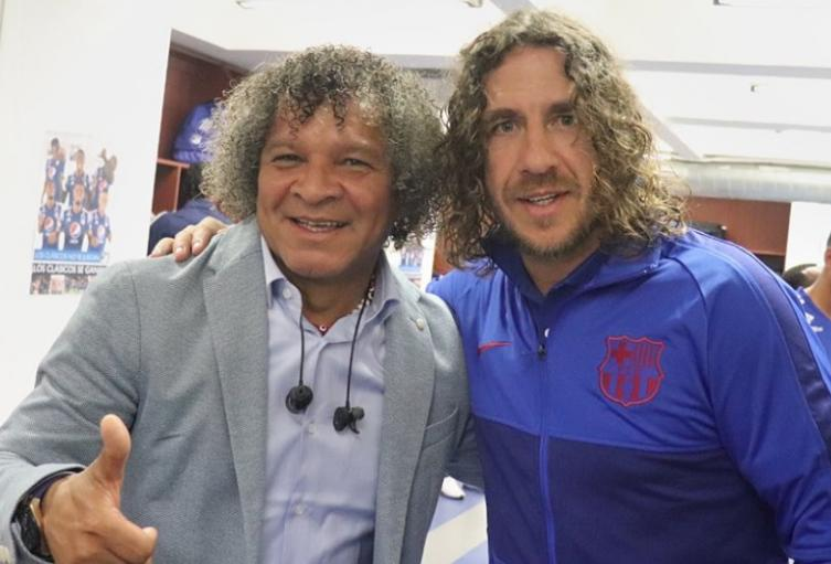 Carles Puyol y Alberto Gamero