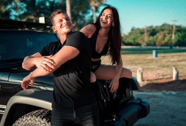 Jessica Cediel y Mack Roesch