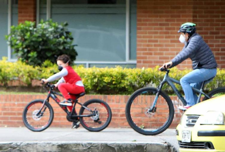 Coronavirus en Colombia / Niños regresan a las calles / Coronavirus en Bogotá