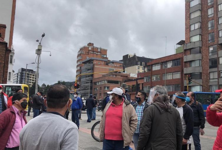 Protesta de conductores del Sitp en medio de cuarentena en Bogotá
