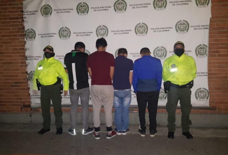 Captura de sujetos que robaron camión en Bogotá