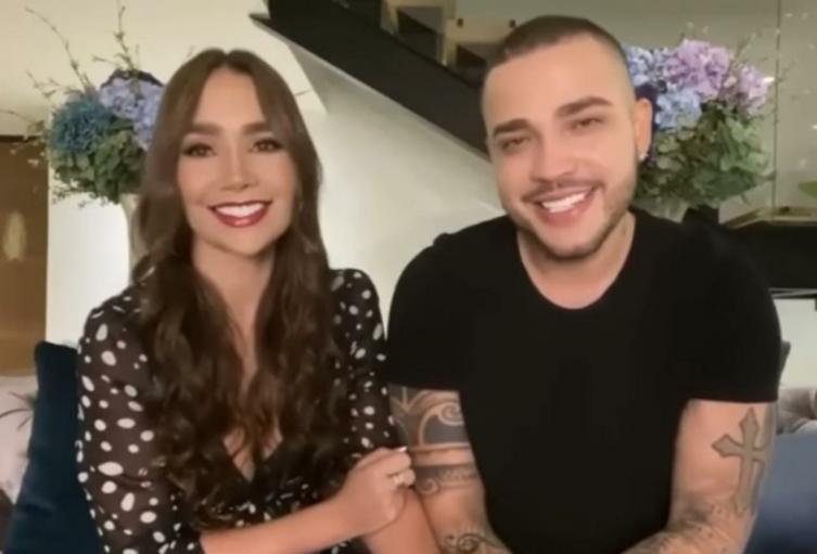 Paola Jara y Jessi Uribe en los Premios Nuestra Tierra
