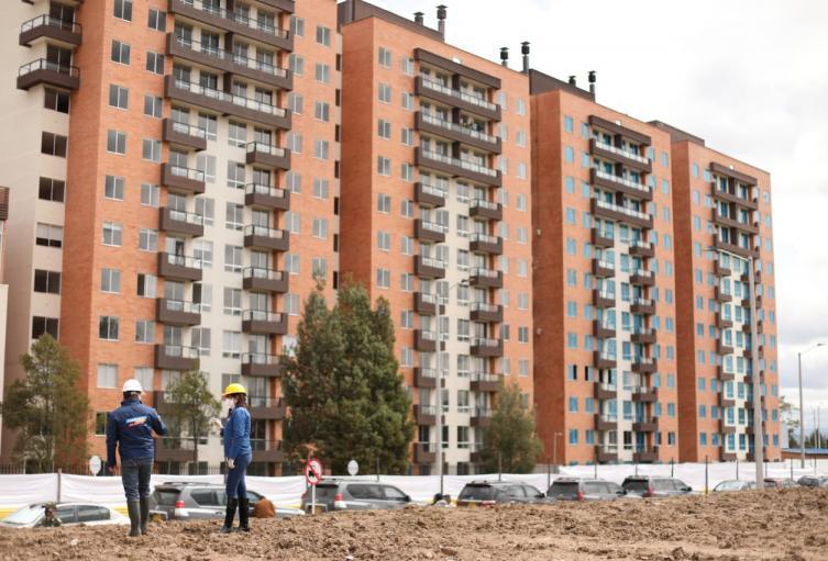 Construcción de Viviendas - referencial
