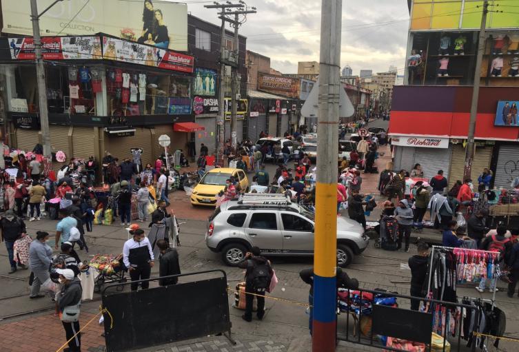 Comerciantes en el sector de San Victorino, en Bogotá