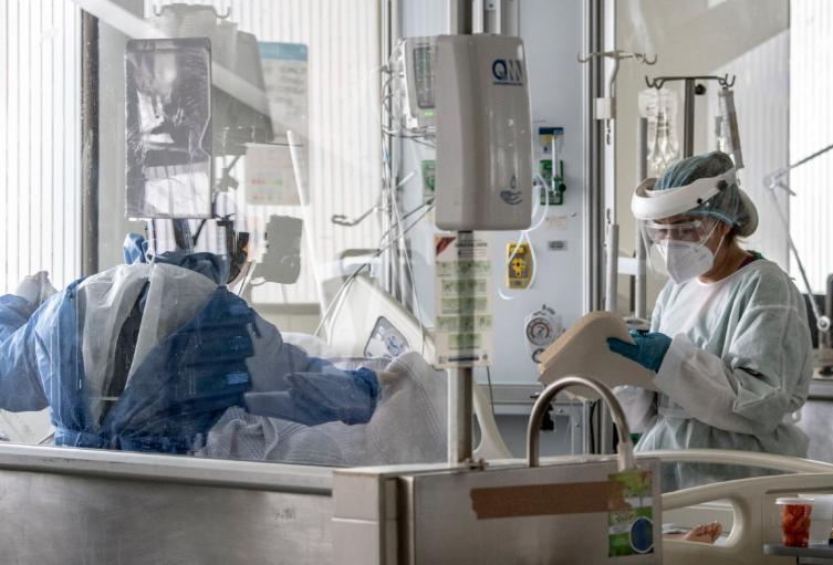 Pacientes contagiados de coronavirus en el Hospital El Tunal de Bogotá.