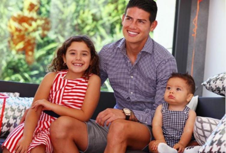 James Rodríguez y sus hijos