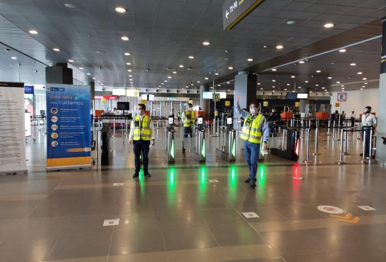 Protocolos para reapertura del aeropuerto El Dorado
