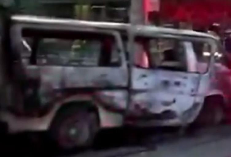 Buseta quemada