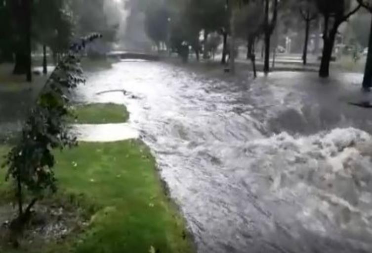 Denuncian negligencia estatal que deriva en desbordamientos por lluvias